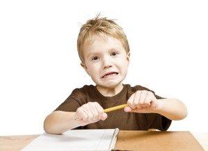 Disgrafia, mio figlio scrive male